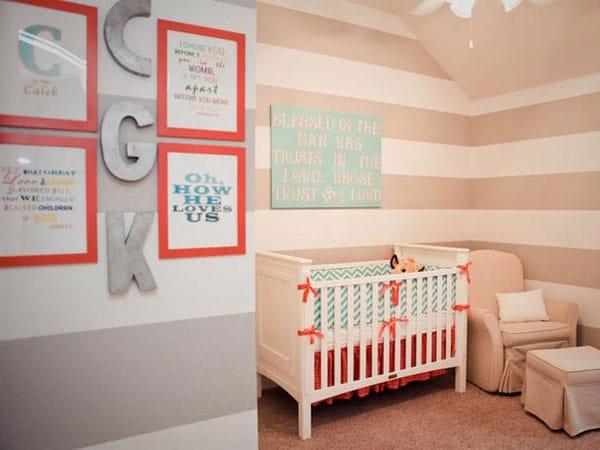 http://www.pequeocio.com/empapelar-habitacion-bebe/