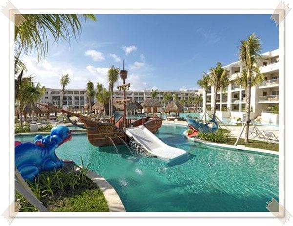 Los 25 mejores hoteles del mundo para ir con ni os - Hotel piscina toboganes para ninos ...