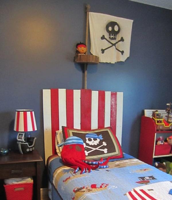 7 habitaciones infantiles para piratas pequeocio - Hacer cabecero infantil ...
