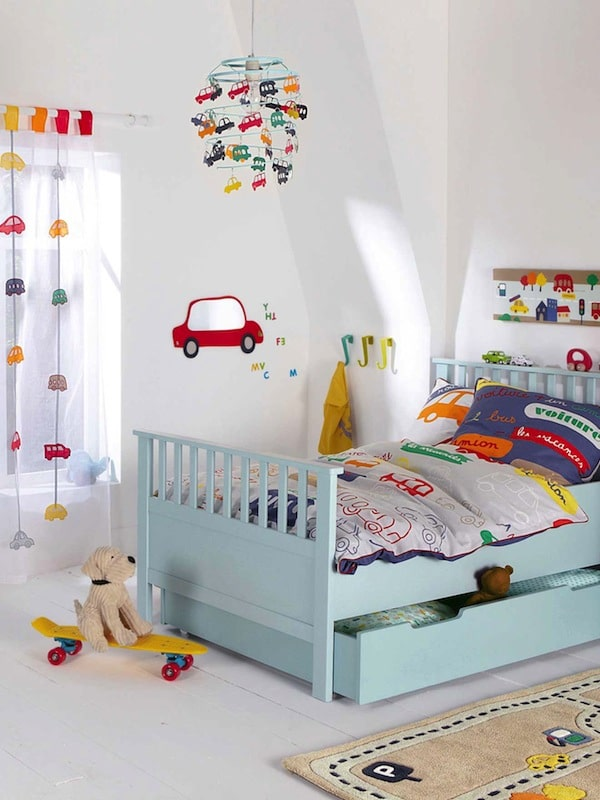 8 habitaciones infantiles para fan ticos de los coches - Habitaciones de ninos pintadas ...