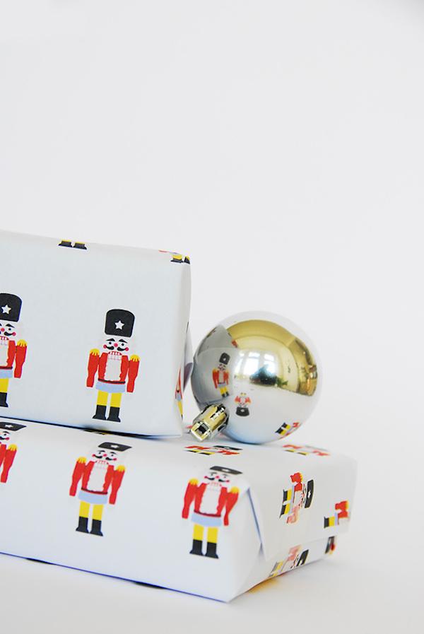 Papel de regalo navideño ¡para imprimir gratis! | Pequeocio.com