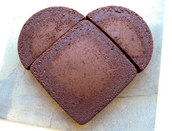 cómo hacer una tarta en forma de corazón sin un molde