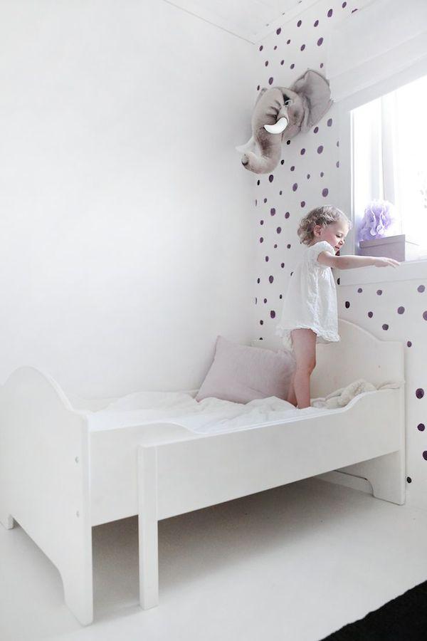 8 habitaciones infantiles decoradas con lunares pequeocio Paredes decoradas con fotos