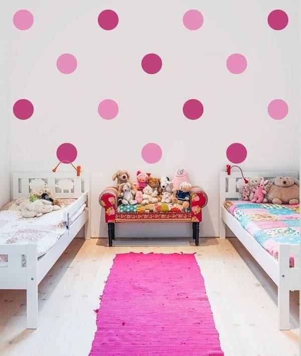 8 habitaciones infantiles decoradas con lunares - Decoracion habitacion de nina ...
