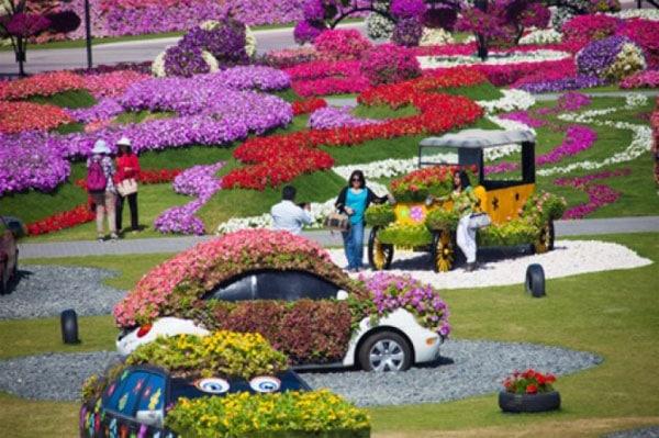 Viajar con niños a Dubai: Dubai Miracle Garden