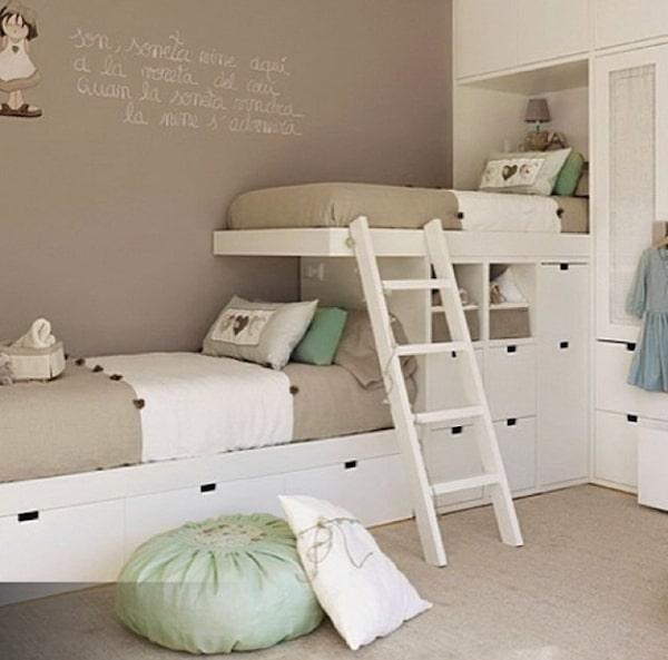 10 habitaciones infantiles con literas pequeocio for Chambre 9m2 sous pente