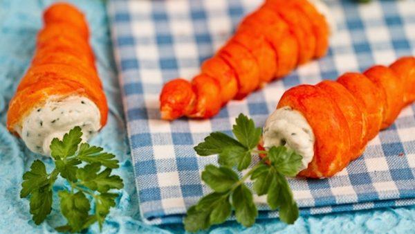 divertidas zanahorias de hojaldre rellenas