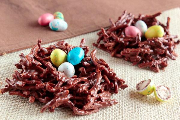 nidos de pascua de chocolate