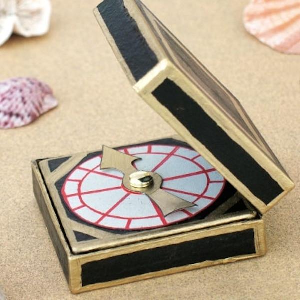 tutorial para hacer un bújula de cartón