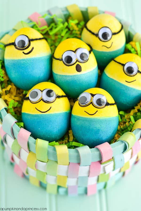 Huevos decorados para niños