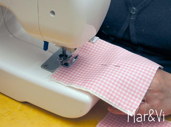 cómo hacer bolsas de tela para regalo