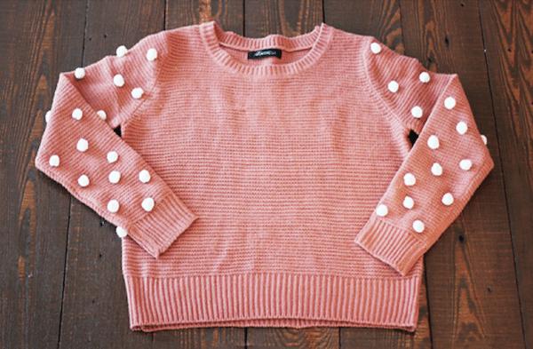jersey decorado con pompones