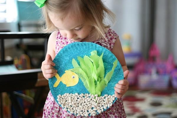 6 manualidades infantiles bajo el mar pequeocio for Manualidades decoracion infantil