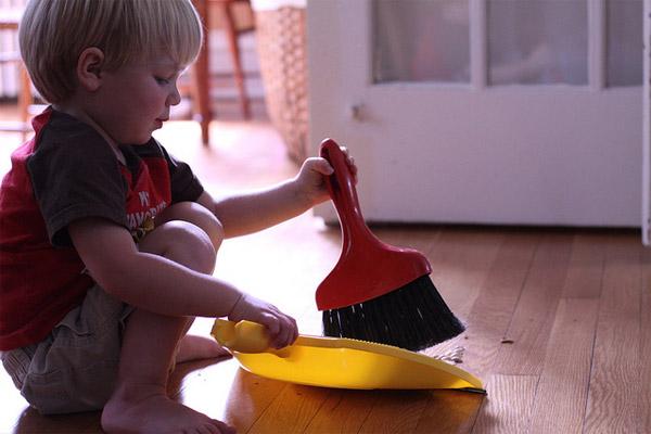 10 consejos para lograr que los niños ayuden en casa