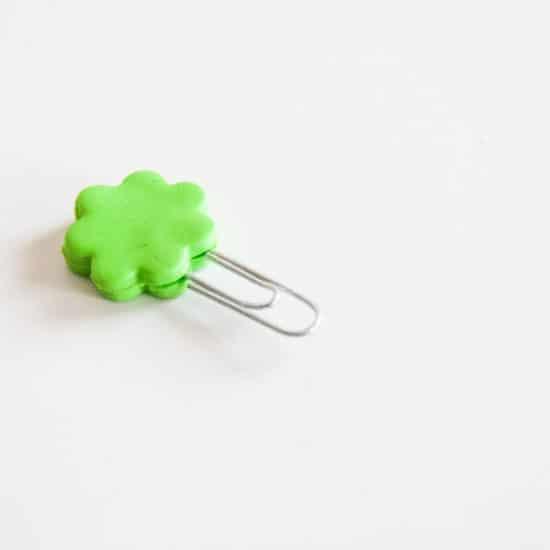 Clip decorado con fimo