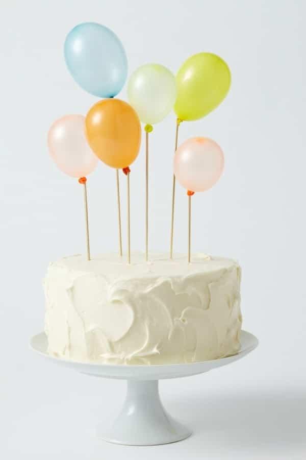 decoración para tarta con globos