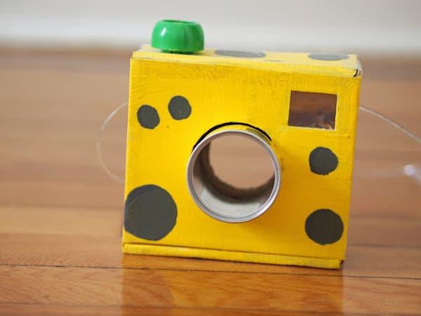 cámara de fotos de cartón paso a paso