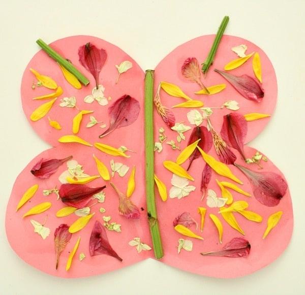 collage con flores secas para niños