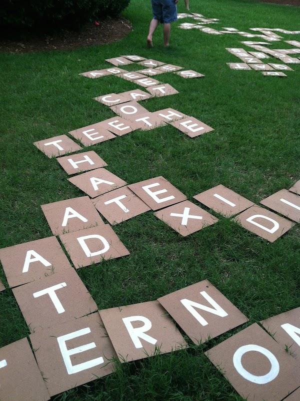 Scrabble casero gigante