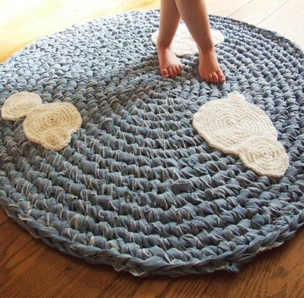 5 alfombras infantiles caseras pequeocio - Alfombras ganchillo trapillo ...