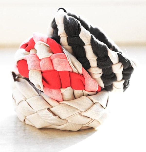 Cómo hacer pulseras trenzadas con camisetas viejas