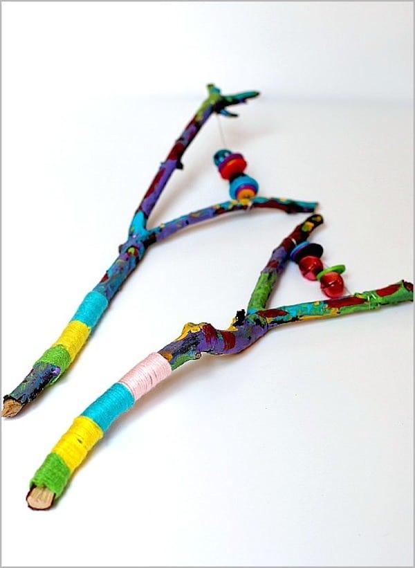 Manualidades con ramas para niños