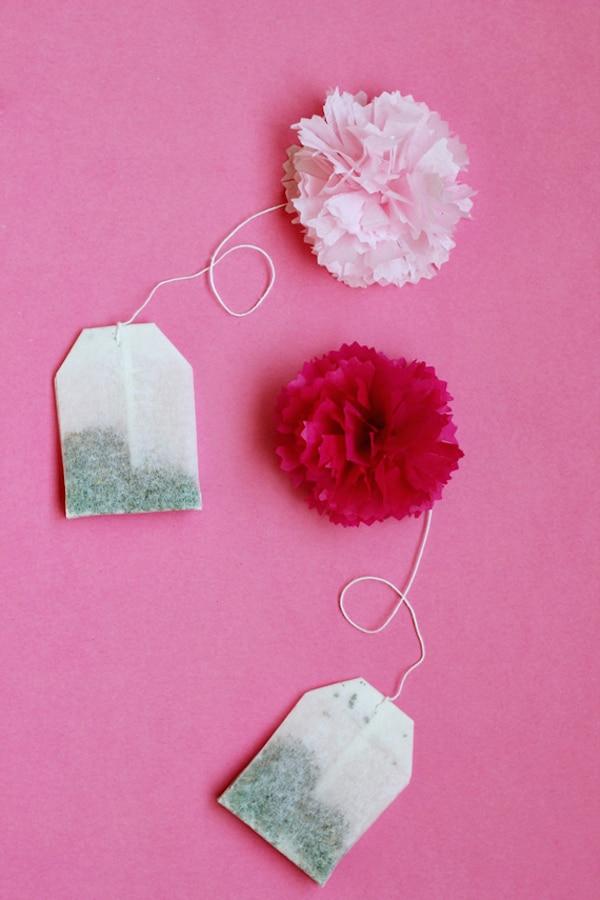 Manualidades con pompones de papel