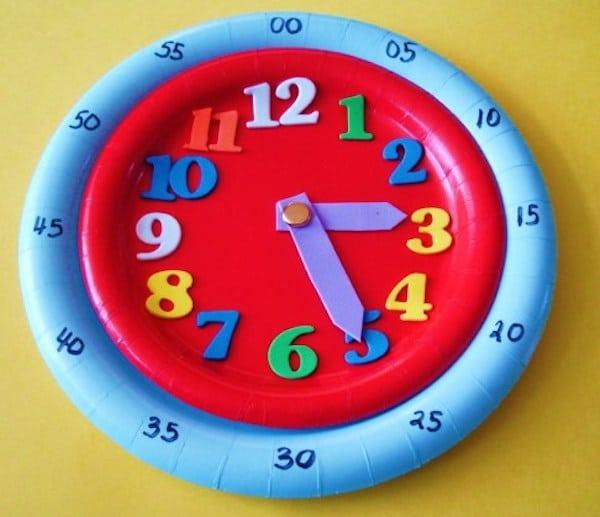 Manualidades para niños para aprender la hora