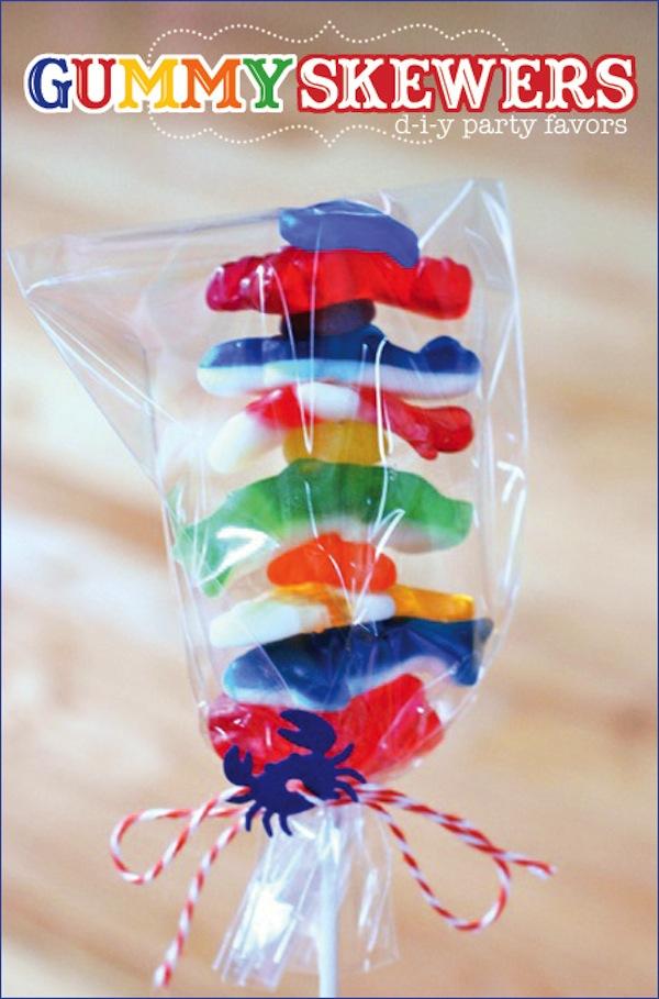 7 brochetas de chuches originales pequeocio - Preparar fiesta infantil ...