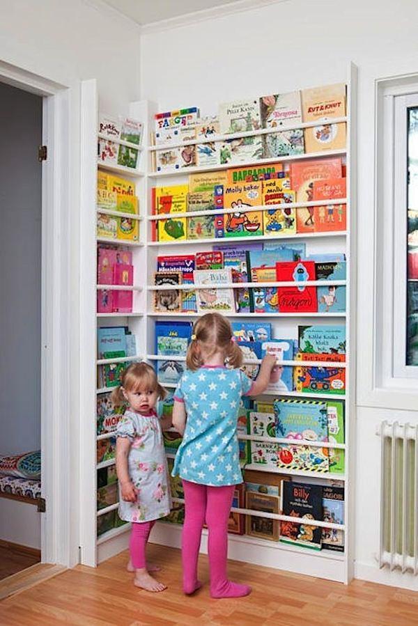 Habitaciones infantiles c mo ganar espacio pequeocio - Librerias de pared ...