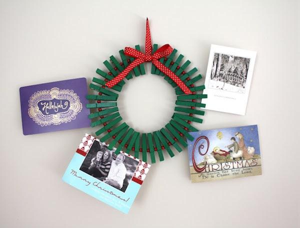 Adornos de navidad 5 coronas navide as f ciles pequeocio for Coronas de navidad hechas a mano
