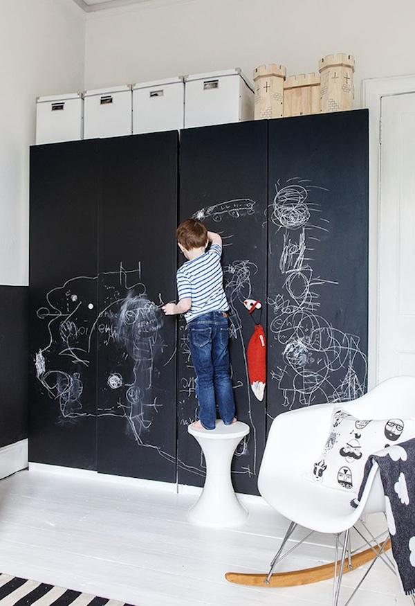 10 habitaciones infantiles en blanco y negro pequeocio for Pintura de paredes originales