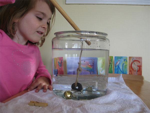 Experimentos para niños: pesca con magnetos