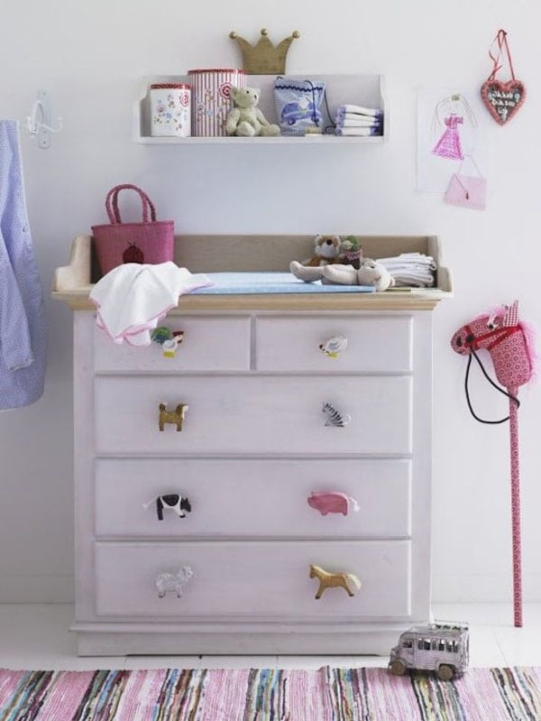 Tiradores infantiles 7 ideas para renovar los muebles for Pegatinas infantiles para muebles