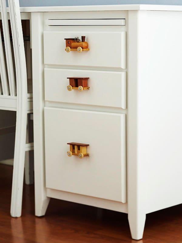 Tiradores infantiles 7 ideas para renovar los muebles - Tiradores para cajones ...