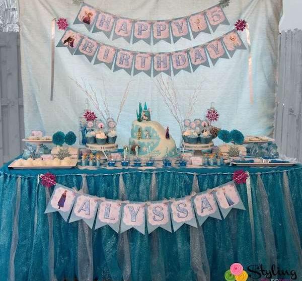 Copos De Nieve Para Decorar Fiesta Frozen.Fiestas Infantiles Un Cumpleanos De Frozen Pequeocio Com