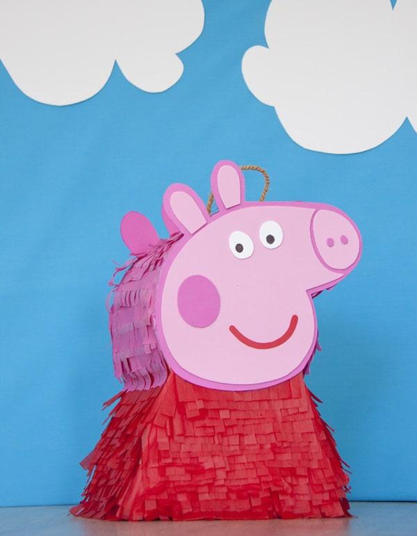 Ideas para fiestas infantiles de peppa pig pequeocio for Decoracion de pinatas infantiles