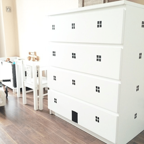 6 muebles infantiles personalizados. Black Bedroom Furniture Sets. Home Design Ideas