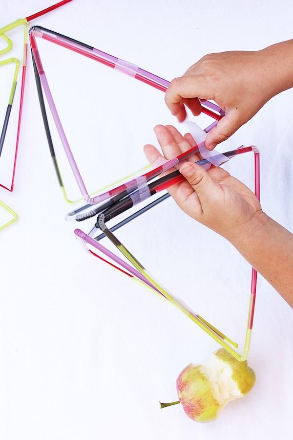 Juegos de construcción con pajitas