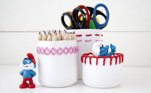 5 manualidades recicladas con botellas de pl stico pequeocio for Lapiceros reciclados manualidades