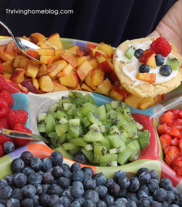 Mesas dulces saludables para fiestas infantiles pequeocio for Mesas de dulces infantiles