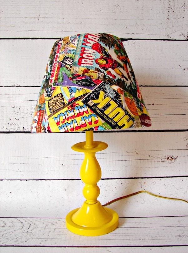 5 l mparas infantiles para hacer en casa pequeocio for Lamparas de mesa originales