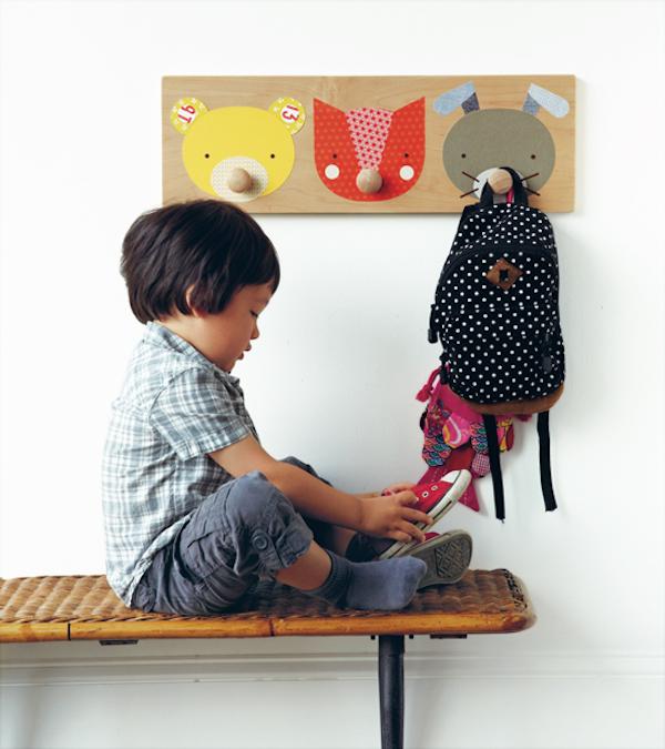 Habitaciones infantiles 5 percheros originales pequeocio - Percheros pared infantiles ...