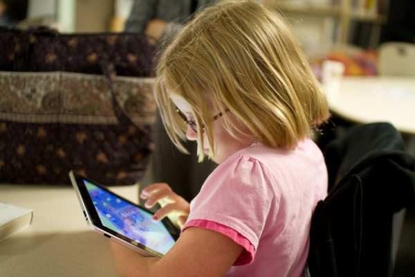 Restringir el uso de tablets a los niños