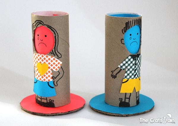 4 manualidades infantiles reconocer las emociones pequeocio - Manualidades rollos de papel ...