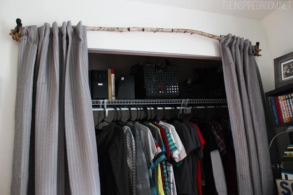 Muebles infantiles armarios originales for Cortinas para puertas de armarios