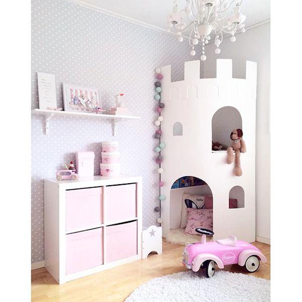Habitaciones infantiles con castillos pequeocio for Cuartos infantiles para ninas