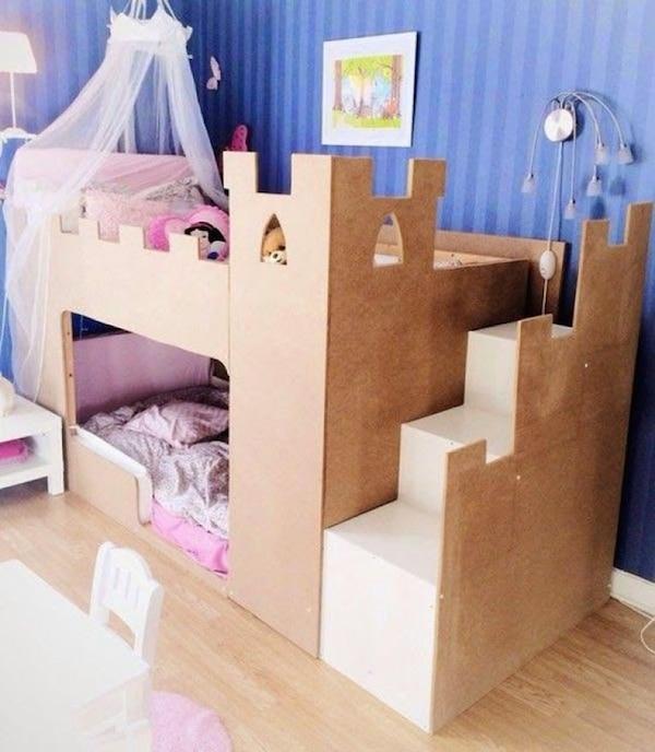 Habitaciones infantiles con castillos pequeocio for Cuartos de ninas feos