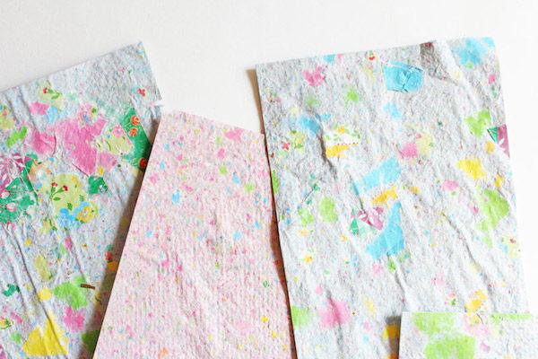 Papel reciclado c mo se hace pequeocio - Manualidades de papel reciclado ...