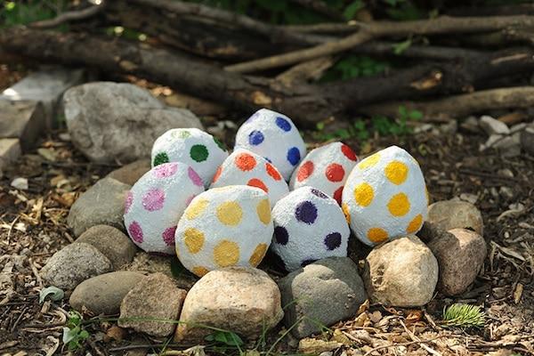 Cómo Hacer Huevos De Dinosaurio De Papel Maché Pequeocio
